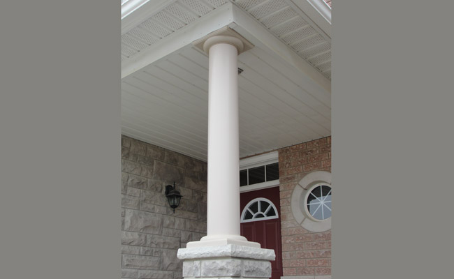 round column with decorative skirt