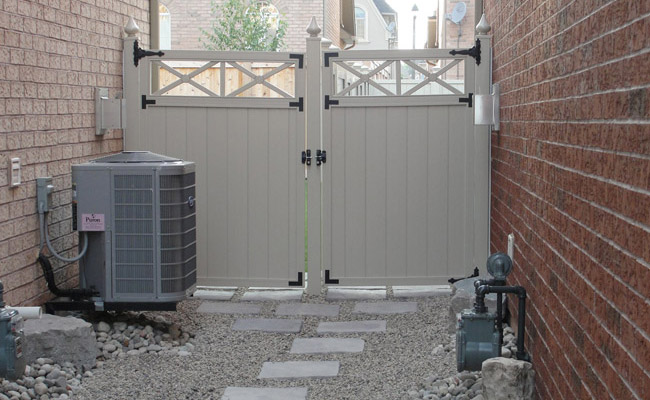 fencing for backyards