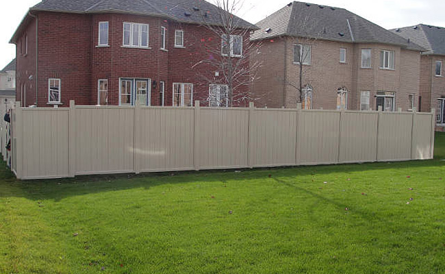 fencing for Toronto homes