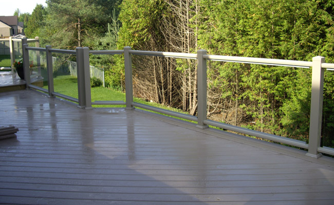 outdoor railing on deck