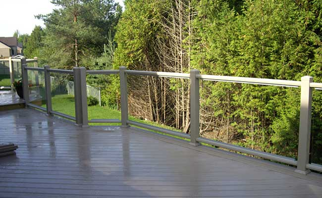 deck with glass railing